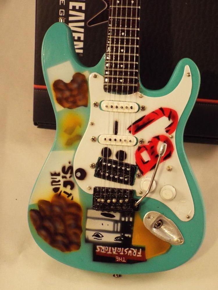Miniature Billy Joe Armstrong Fender Stratocaster Blue 2 Green
