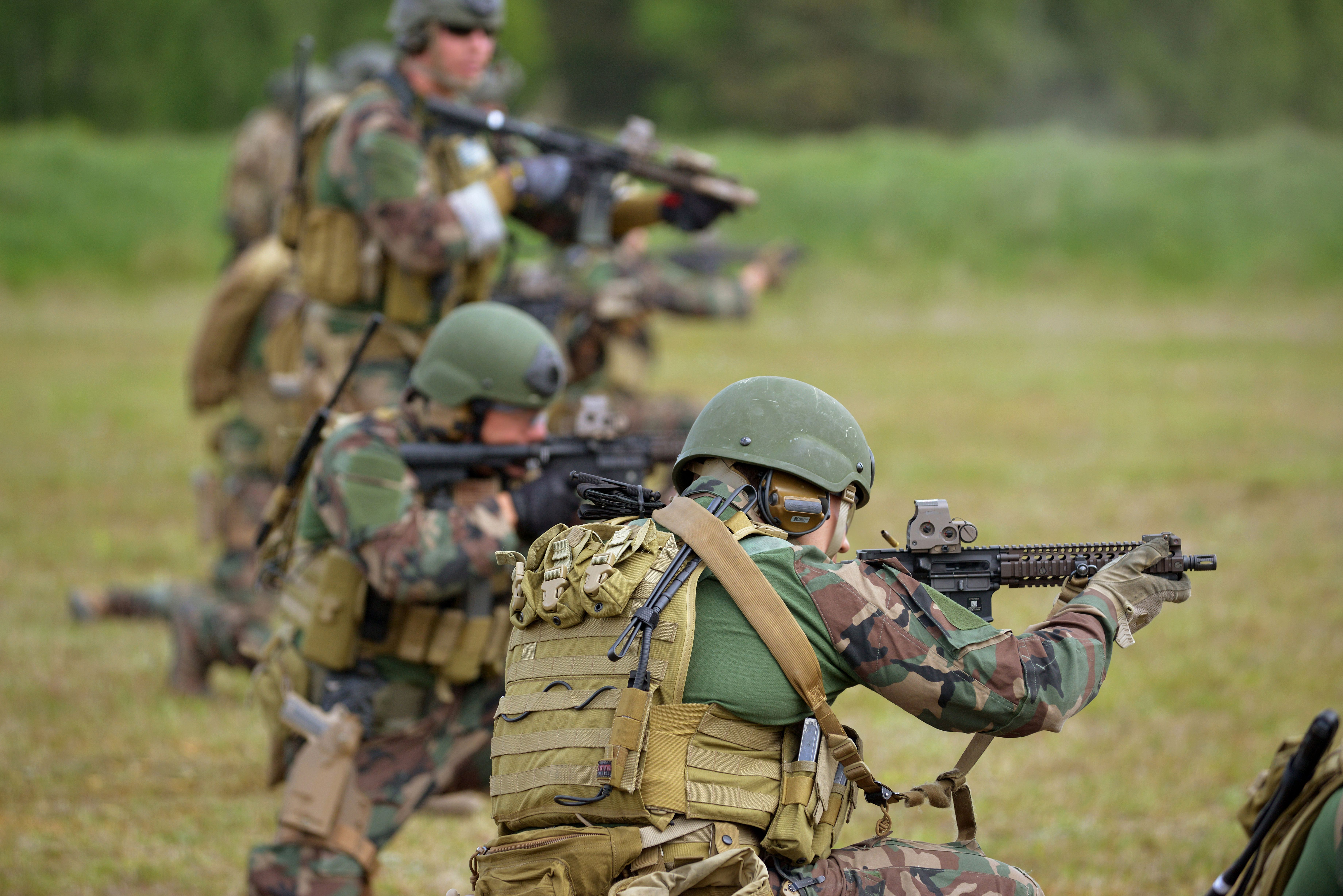 US Marine SOF Prepare For Combined Resolve II at Grafenwoehr Training Area Germany May 15 2014 [7360x4912]