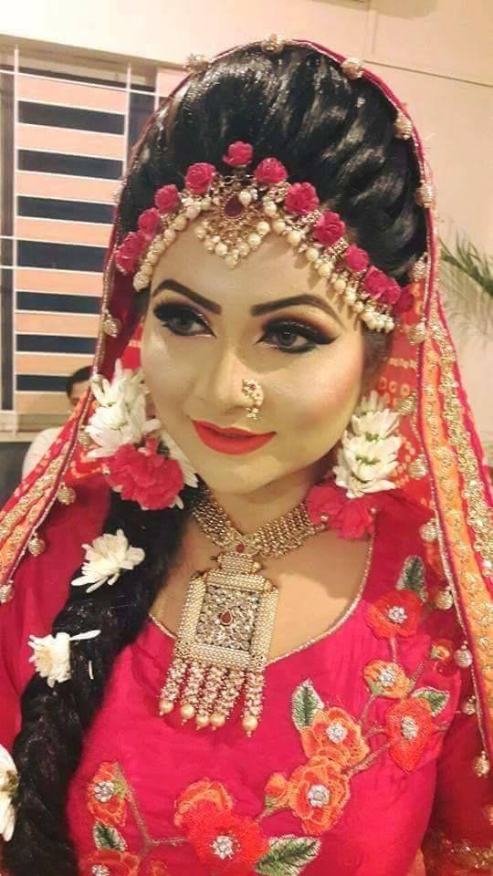 f311a3bb3b62ed Bangladeshi flower jewellery | Bridal Flower Jewellery in 2019 ...