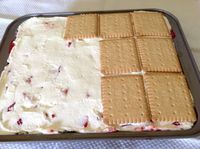 Erdbeerschnitten, ein sommerlicher Erdbeerkuchen - Aus meinem Kuchen und Tortenblog #süßesbacken