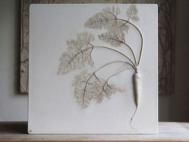 des fleurs fossilis es dans du pl tre par tactile studio. Black Bedroom Furniture Sets. Home Design Ideas