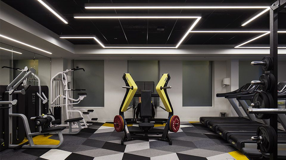 Ing bank uk headquarters in interesting gym design