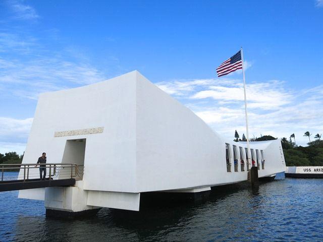 Oahu - Pearl Harbor, Arizona Memorial. Guarda altre foto.