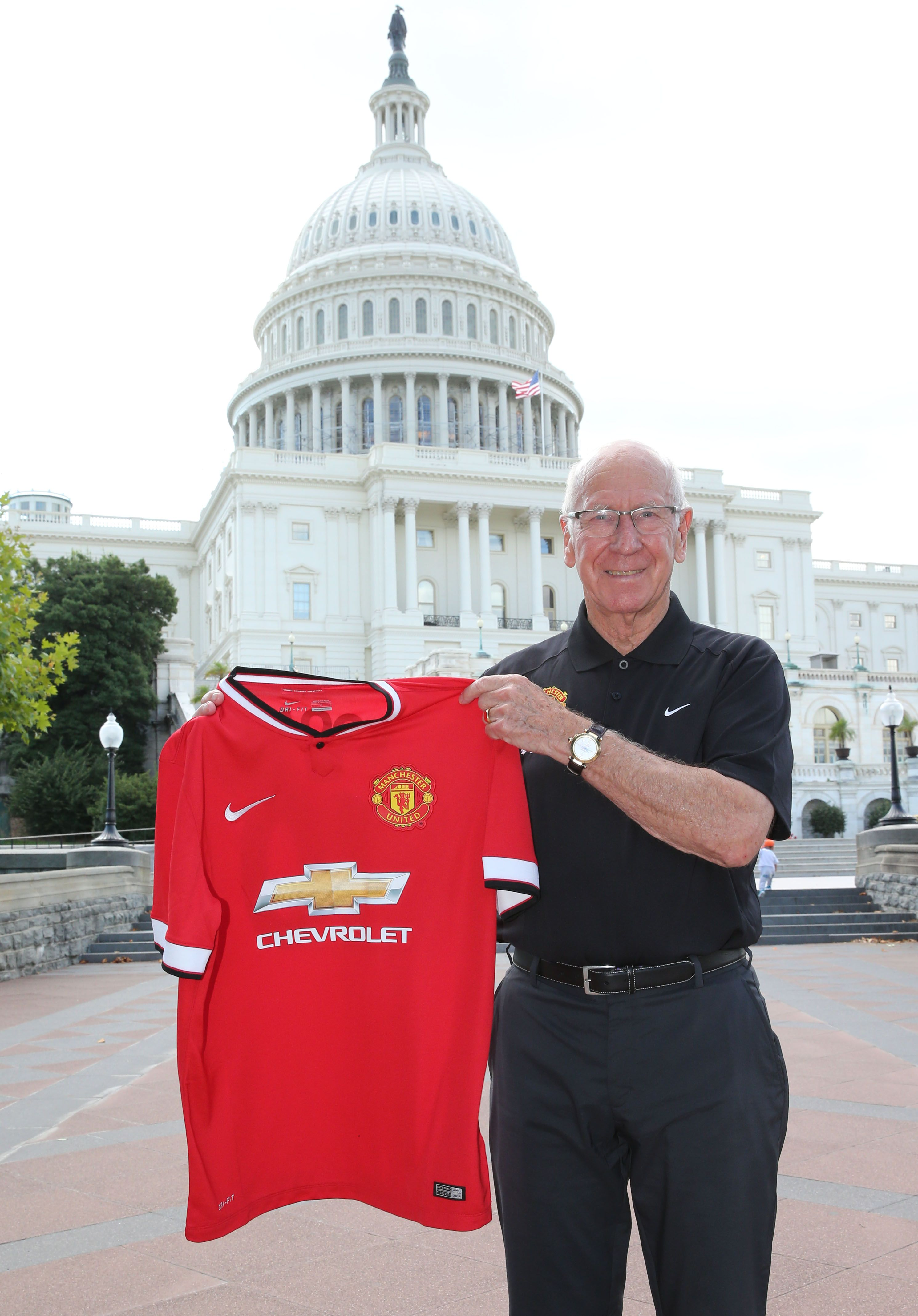 fdf501b80b5 Tour 2019 Perth - Two unmissable Man Utd matches - Optus Stadium.  manutd  legend Sir Bobby Charlton visits the United States Capitol during  mutour.