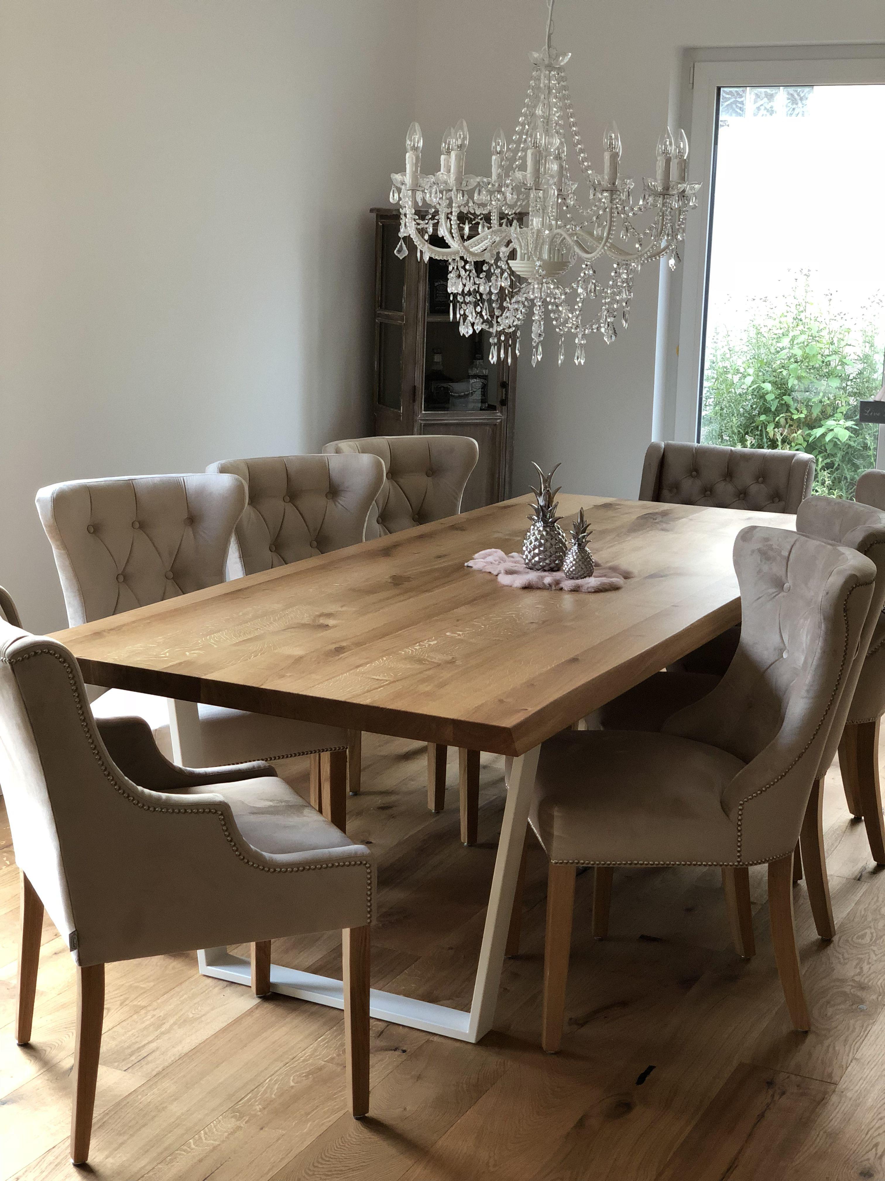 Tisch Aus Holz Fur 8 Personen Speisezimmereinrichtung Wohnung Einrichten Esstisch