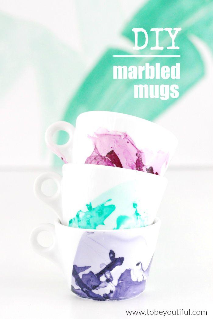 marmorierte Tassen Nagellack