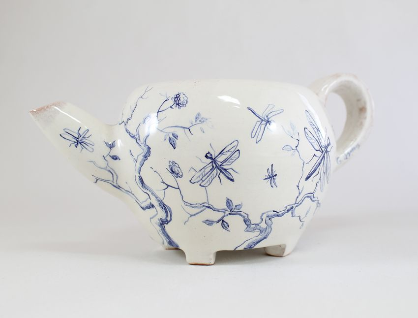 dragonfly teapot by Giannis Agathos