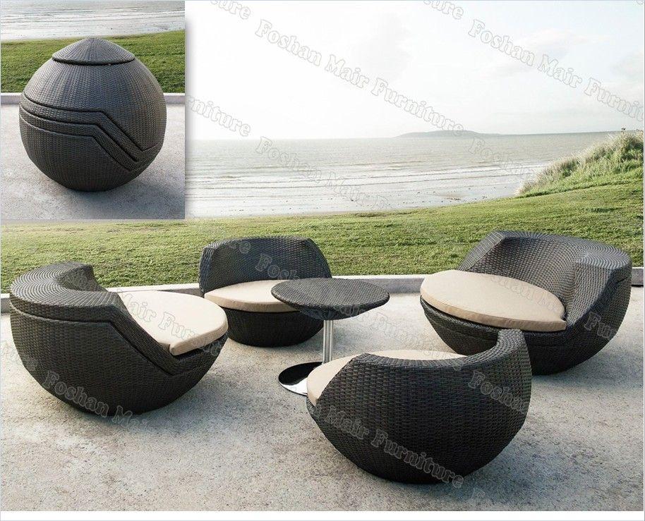 mobili da esterno a uovo