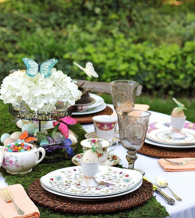 Love this tablescape!