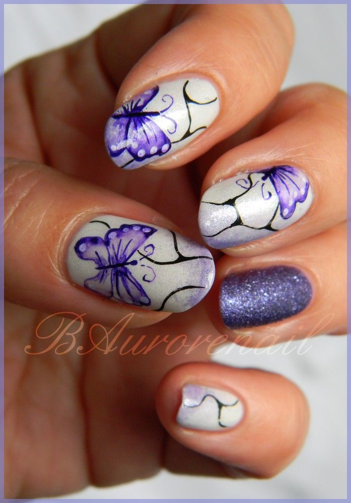 Nail Art Papillon Aquarelle Idees Vernis A Ongles Vernis A