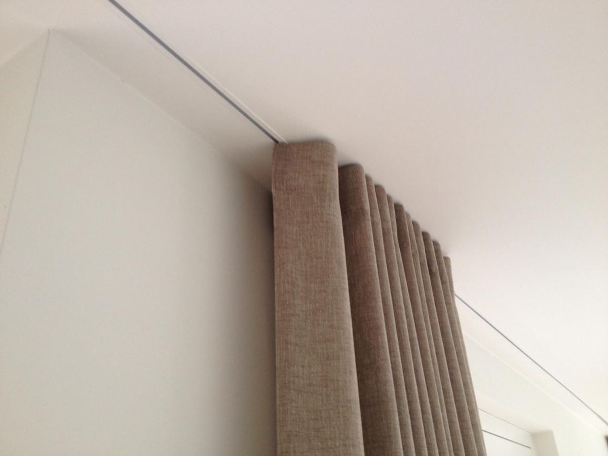 afbeeldingsresultaat voor raambekleding spanplafond kamerhoge gordijnen raambekleding raambekleding ramen meubels house