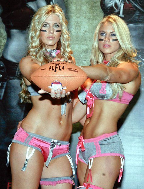 La lingerie football league