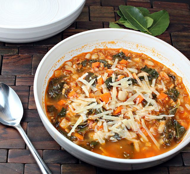 Farro, Kale and Bean soup