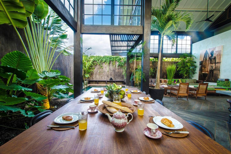 Lucky S Villa Bali Warehouse Bali House Tropical House Design Bungalow House Design