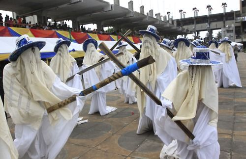 eyo festival in lagos nigeria The early morningdownpour of saturday could not prevent lagosians from turning out in large numbers to be part of the adamu orisa festival ' popularly called eyo staged as part of the lagos state.