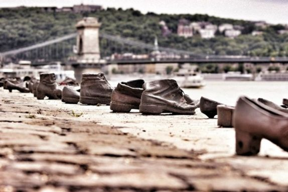 One Of Budapest S Most Moving Memorials Shoes On The Danube Budapest Danube Best Wineries In Napa