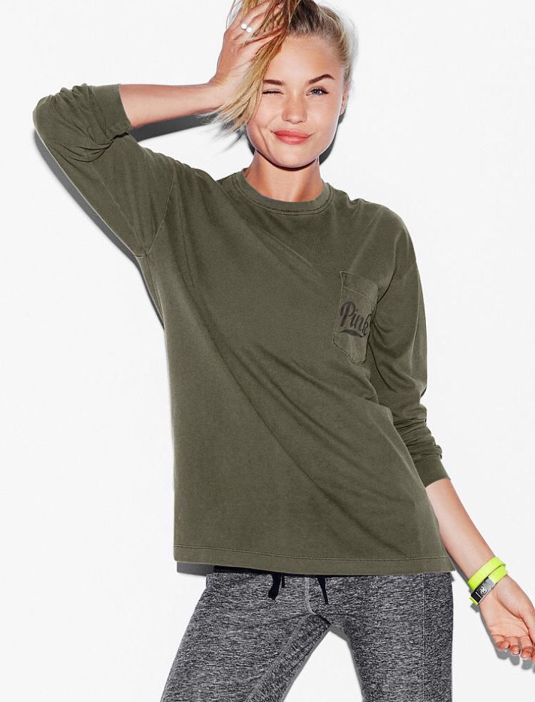 stretchy tee // olive green