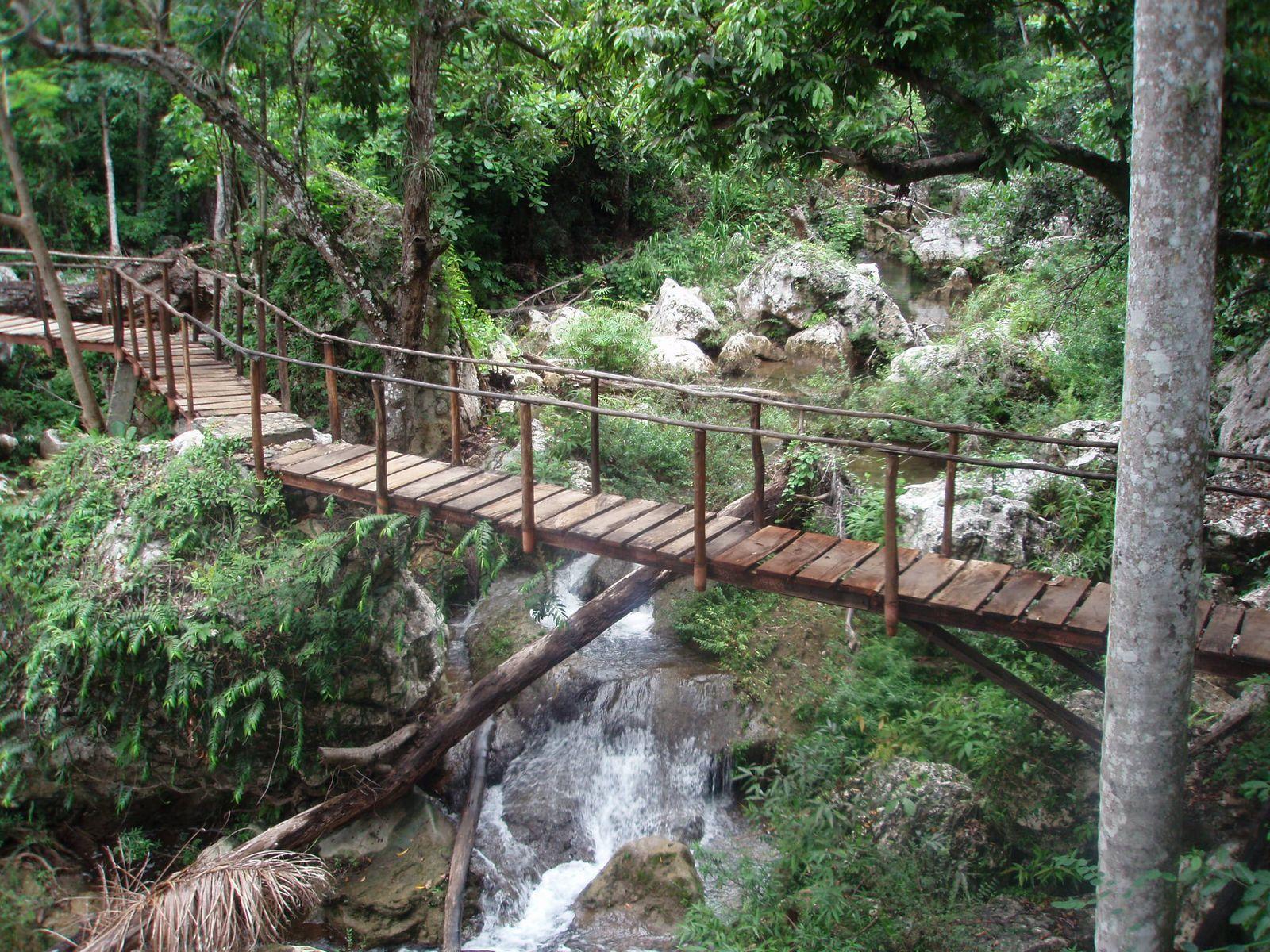 Gran Parque Natural Topes de Collantes is in Cienfuegos, Villa Clara, and Sancti Spiritus provinces of Cuba.