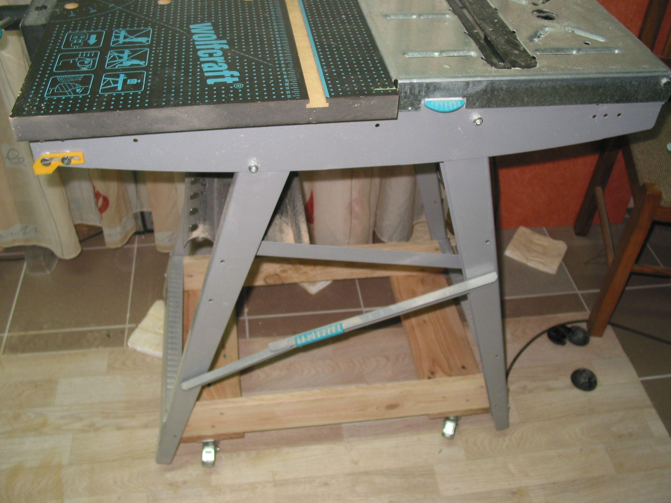 werktisch auf rollen palettenholz bauanleitung zum selber bauen werkstatthelfer 1 2 do. Black Bedroom Furniture Sets. Home Design Ideas