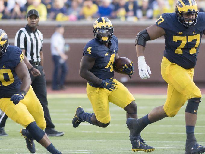 Michigan running back De'Veon Smith