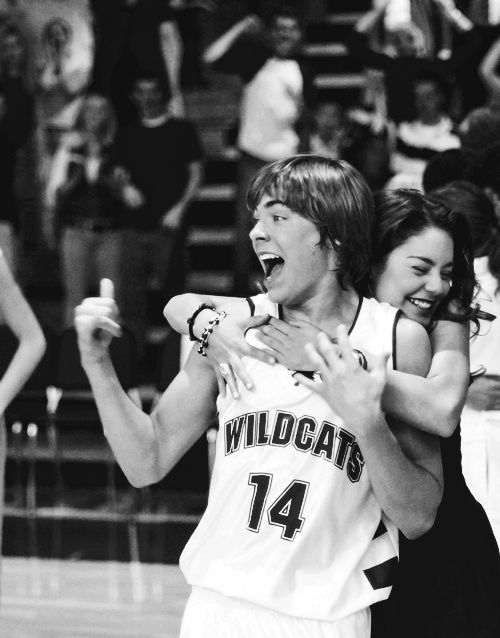 Idc if it's high school musical, this pic's cute and i feel very nostalgic