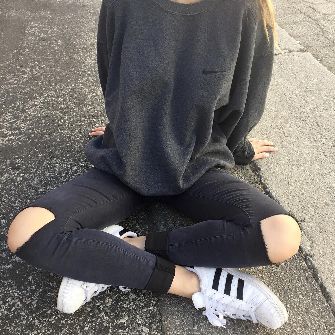 hoodie jeans and nike shoes tumblr girls grunge 900864