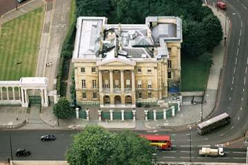 Aerial view of Apsley House marooned by diversion of Park Lane