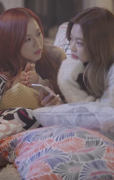 Blackpink Jennie and Jisoo