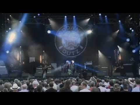 Joe Elliott S Down N Outz Funeral For A Friend Love Lies