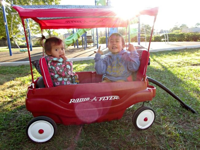 Radio Flyer 5 In 1 Family Wagon Review