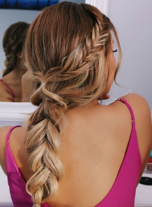14 Of The Cutest Fishtail Braided Summer Hairstyles For Women With Long Hair Hair And Comb Valentine S Day Hairstyles Hair Styles Long Hair Styles
