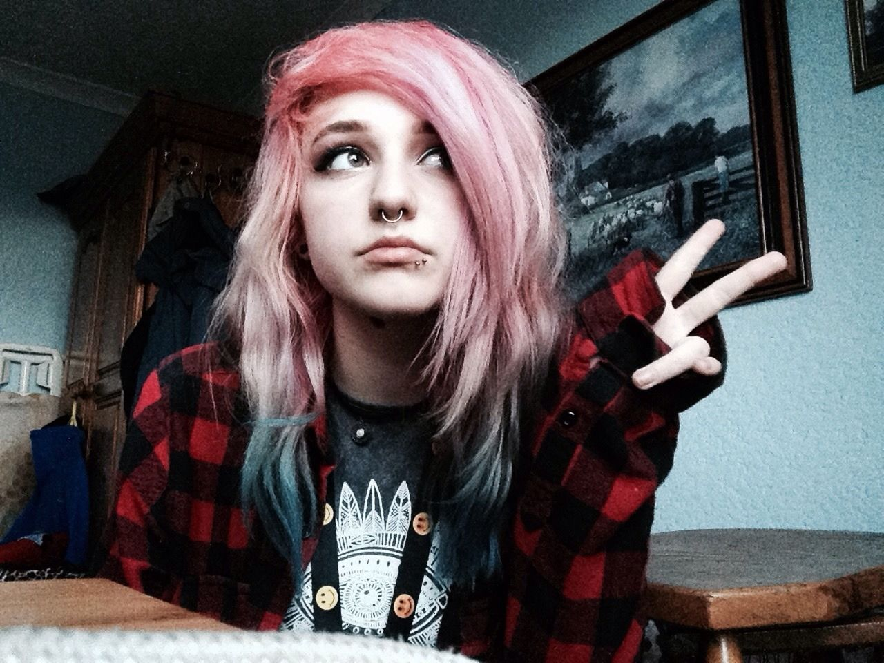 Tyrannosaurousshiny ucpeace out ud scene hair pinterest peace
