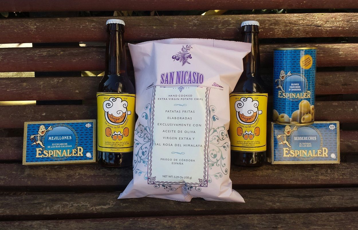 Pack Compartir de tuaperitivo.  http://tuaperitivo.com/packs-de-aperitivos-gourmet/499-pack-compartir-tuaperitivo.html