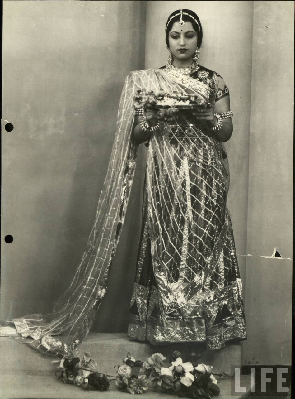 Vintage Photos Of Beautiful Women  Beautiful Indian -8312