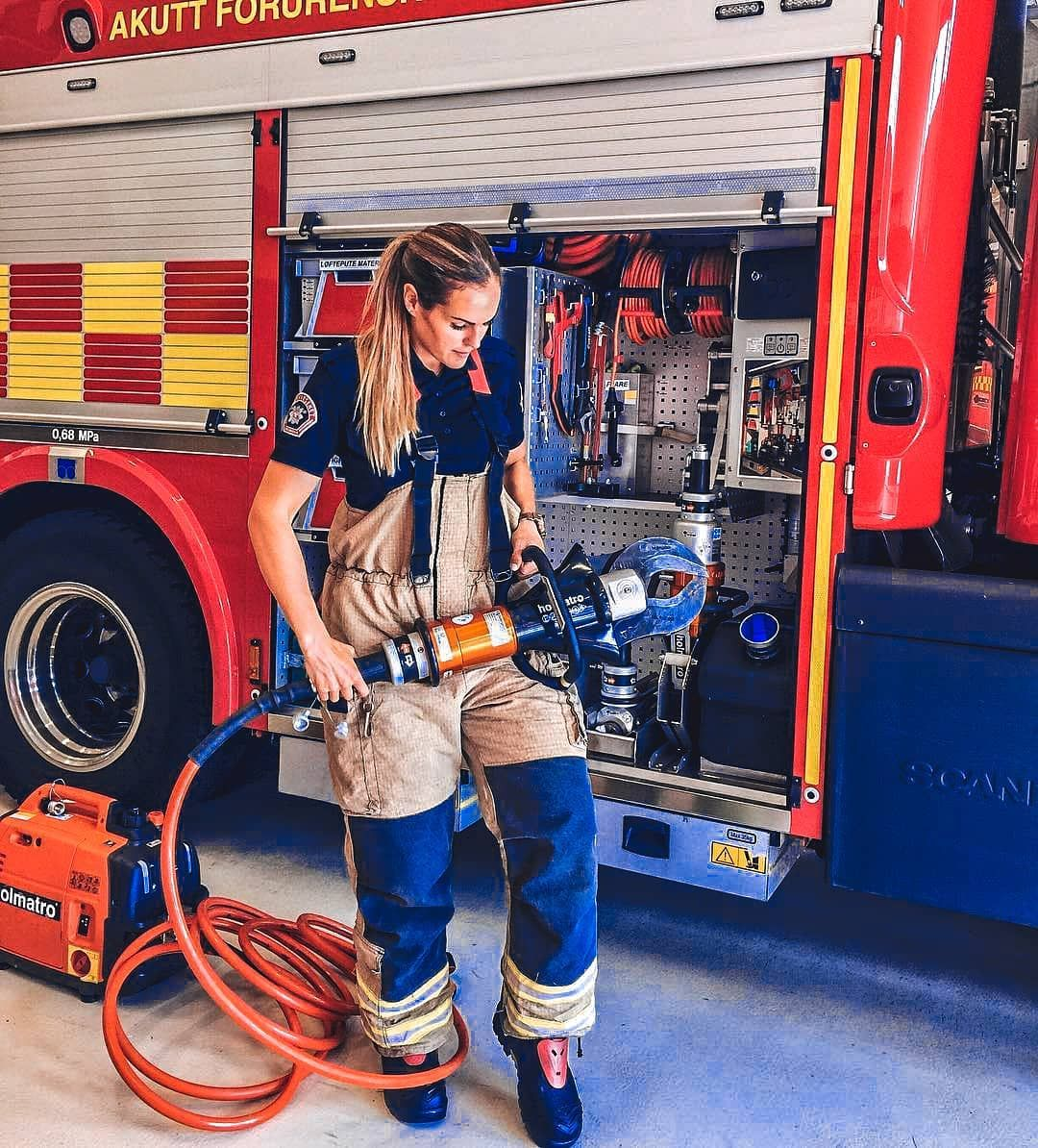 Firefighter girl photos collection firefighter