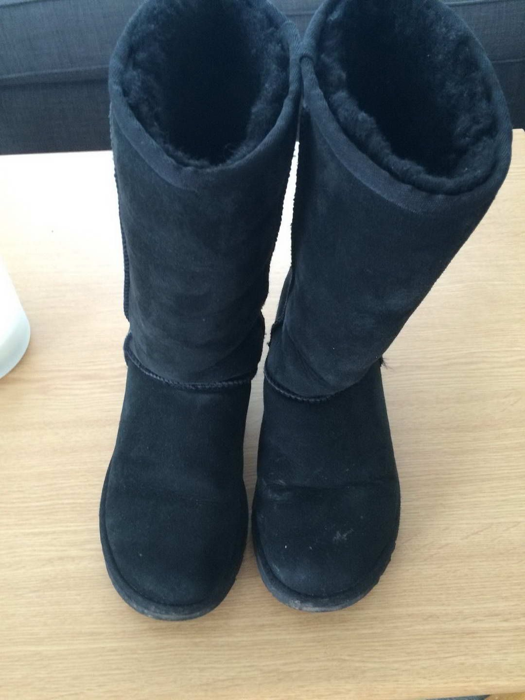 ec598840010 ugg store For Christmas Gift And Warm in the Winter.   Winter ...