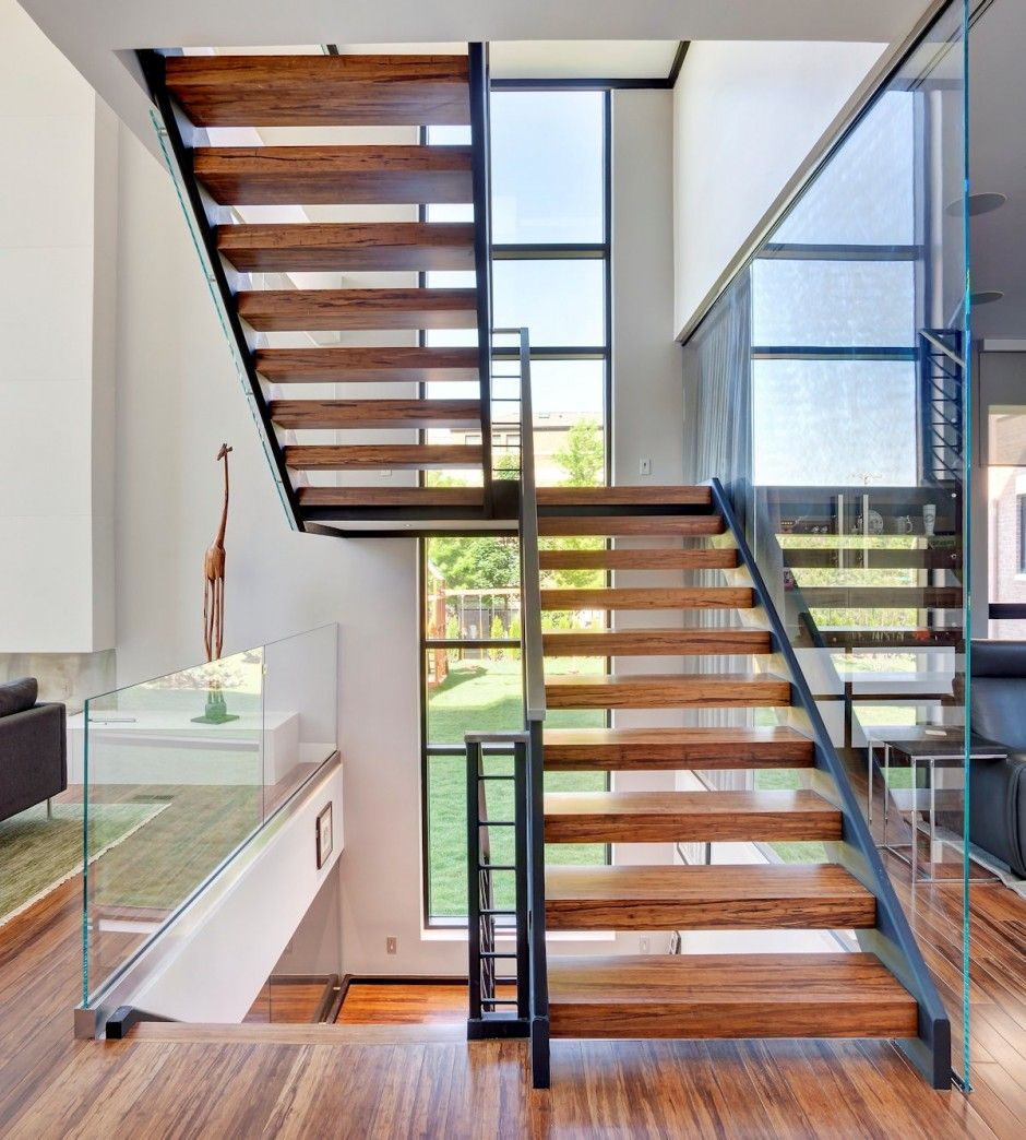 31 Stair Decor Ideas To Make Your Hallway Look Amazing: Http://www.contemporist.com/2014/04/06/lincoln-park-modern