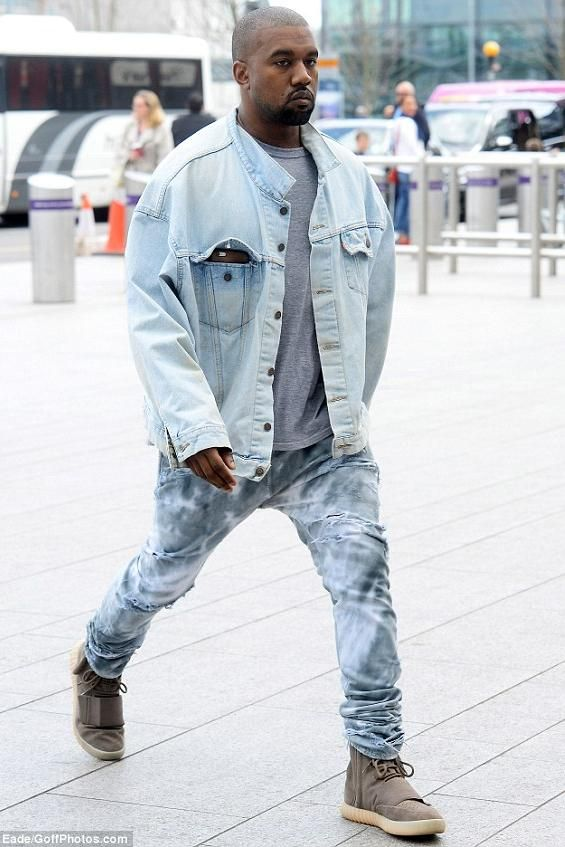 Want To See Kanye West Perform Live On His Saint Pablo Tour Join The Kanye West Fan Group And Waiting Lists Kanye West Outfits Kanye West Style Kanye Fashion