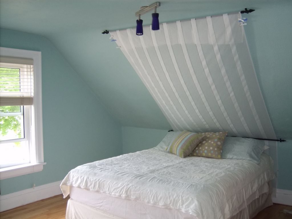 Ceiling Decorations For Bedrooms 17 Best Ideas About Angled Ceiling Bedroom On Pinterest Sloped