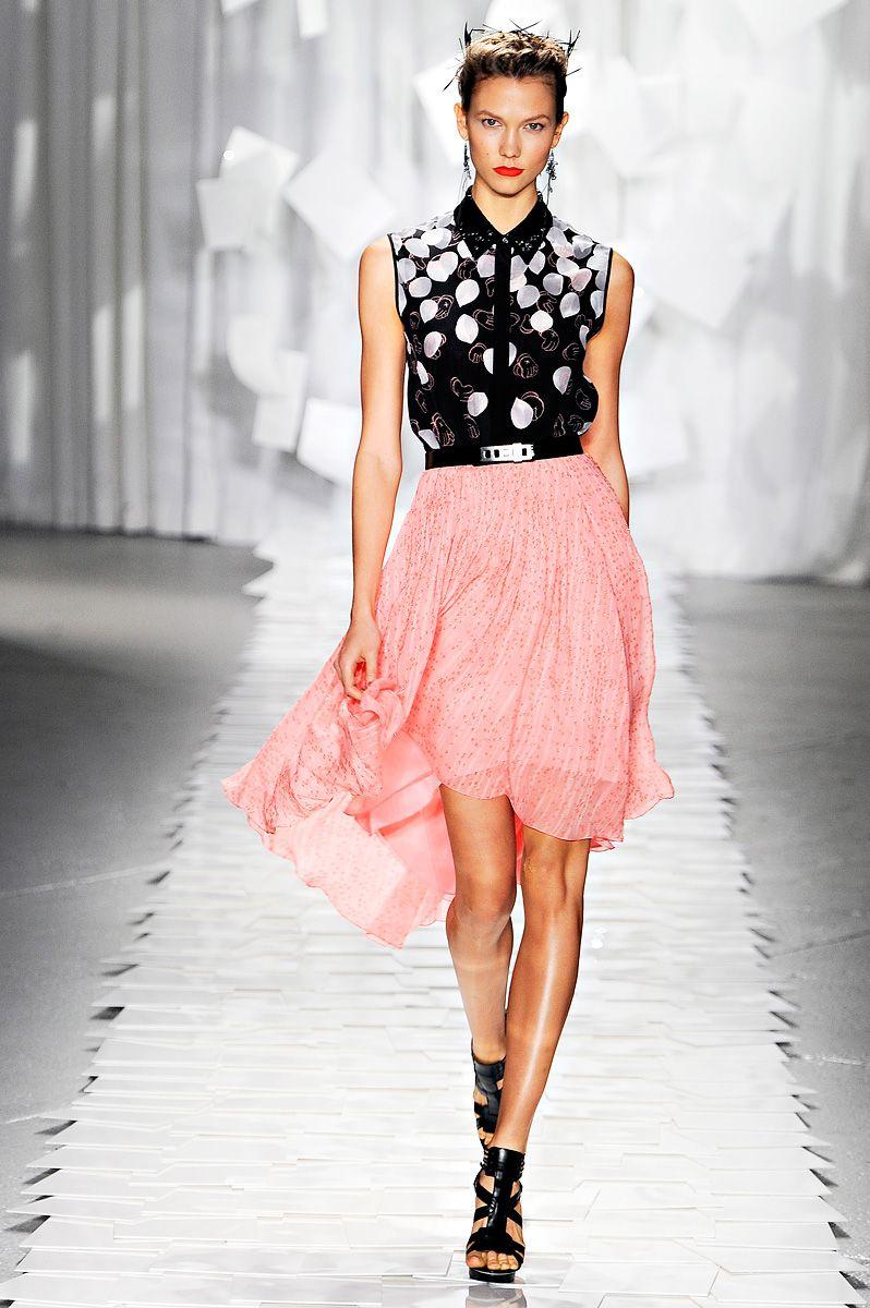 Vogue is Viral : Photo | BLACK & PINK | Pinterest | Ropa de fiesta ...