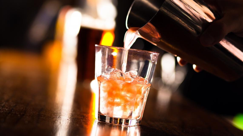 Cocktail voor Valentijn: Between the sheets   VTM Koken