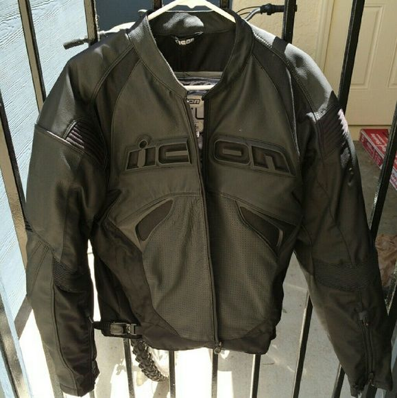 Size Small Men's Motorcycle Jacket Very nice jacket, real leather, thick material. Small hole in the wrist area of one arm. Perfect for cold weather riding, never been in any accidents! Only worn a handful of times. In good condition! IIcon Sanctuary  Jackets & Coats