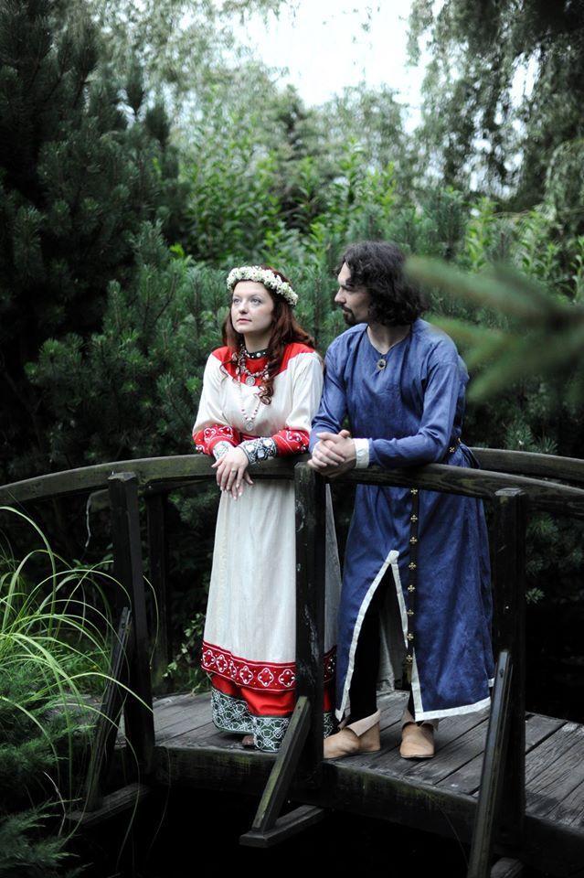 Порно фото в средневековом костюме фото 1-481