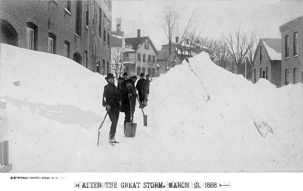 the great blizzard City of snow has 34 ratings and 8 reviews elizabeth said: a rosy, kids-eye view of the east coast blizzard of 1888, about a girl and her family who go t.
