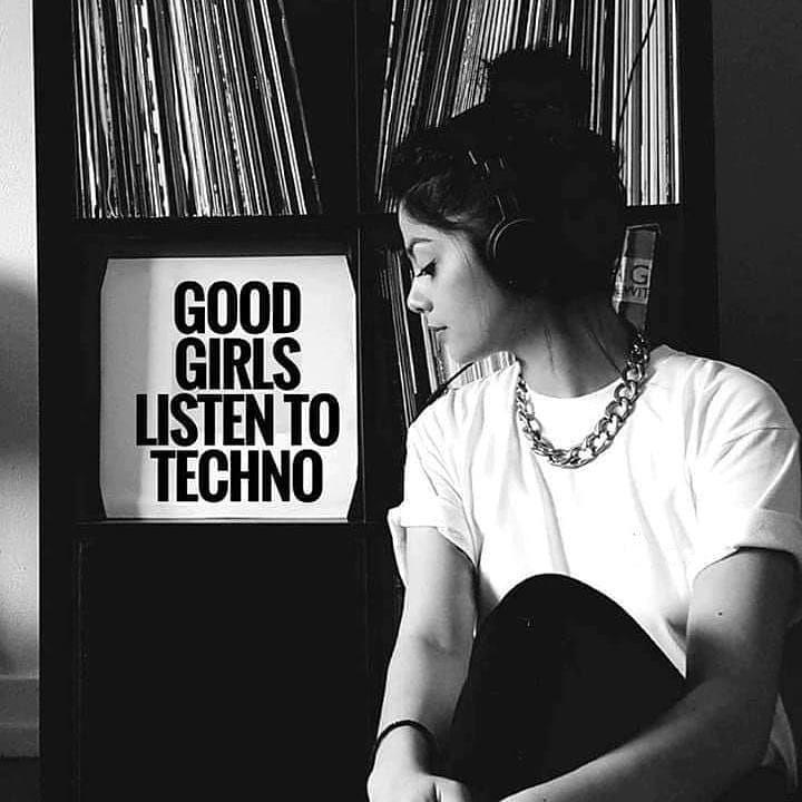 """GoneRaving 💣😎 on Instagram: """"Are you a good girl? 👽👽 @goneravingmk . . . #technogirl #girlslovetechno #ravegirl #technolovers #lovetechno #technogirls #technolife…"""""""