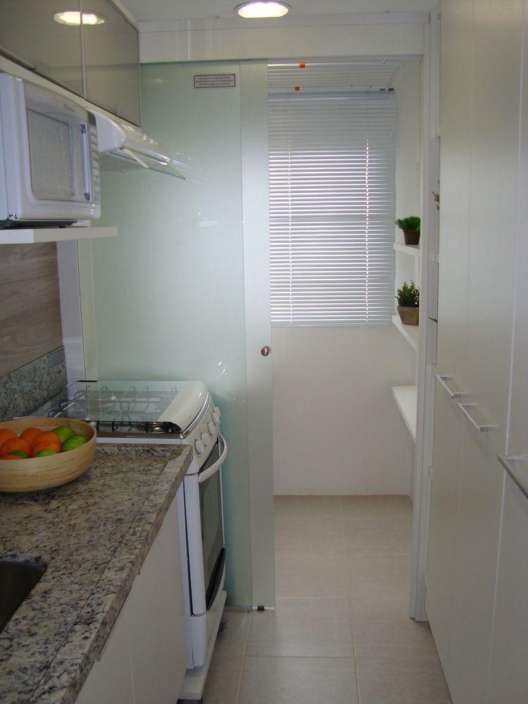 Ideia de divis ria para separar a cozinha da lavanderia for Cocina y lavanderia juntas