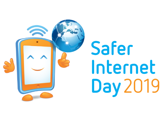 Safer Internet Day 2019 Education Pack For 11 14 Year Olds Internet Safety Safe Internet Internet Safety Internet