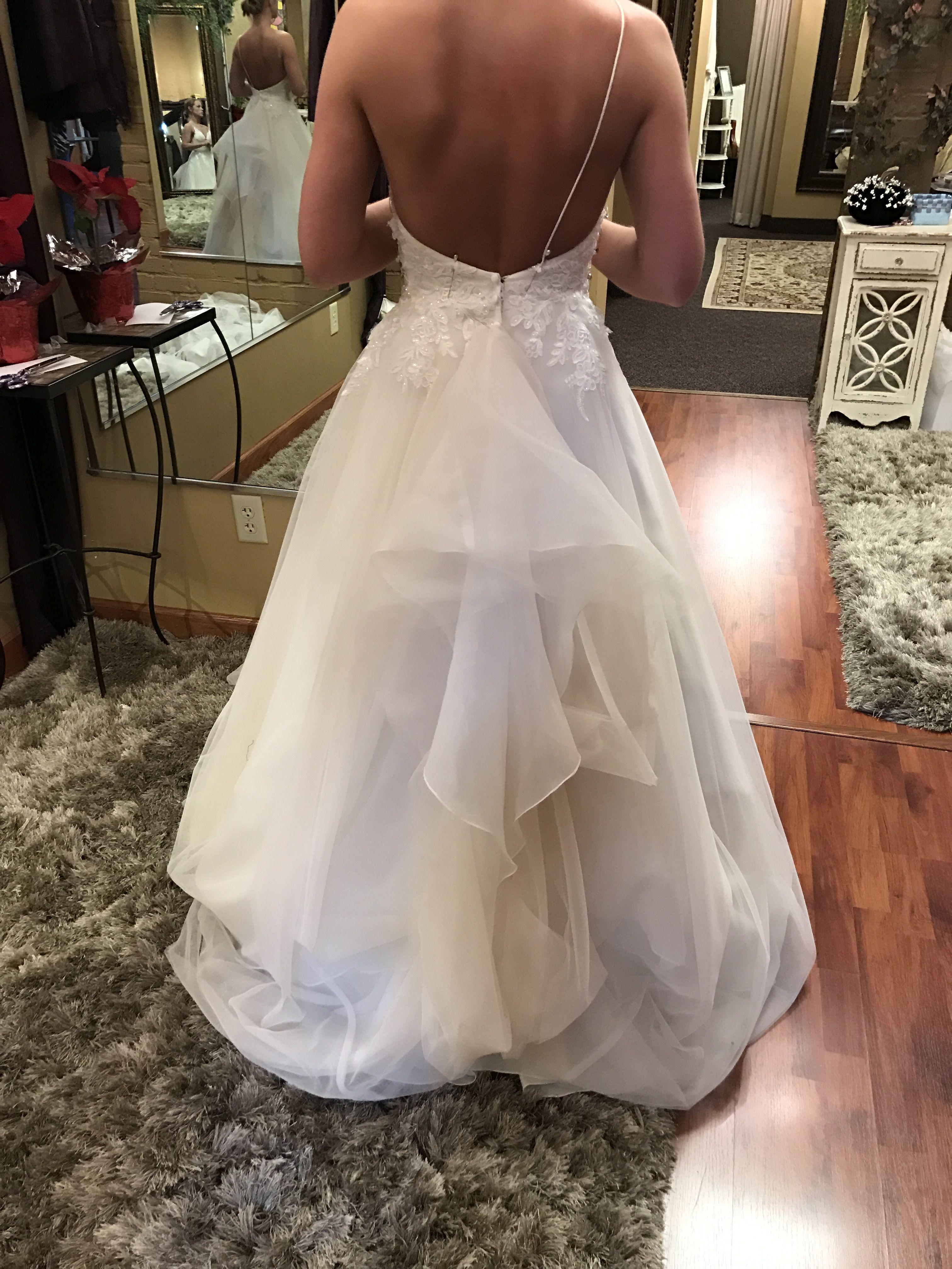 Over bustle Wedding dress bustle