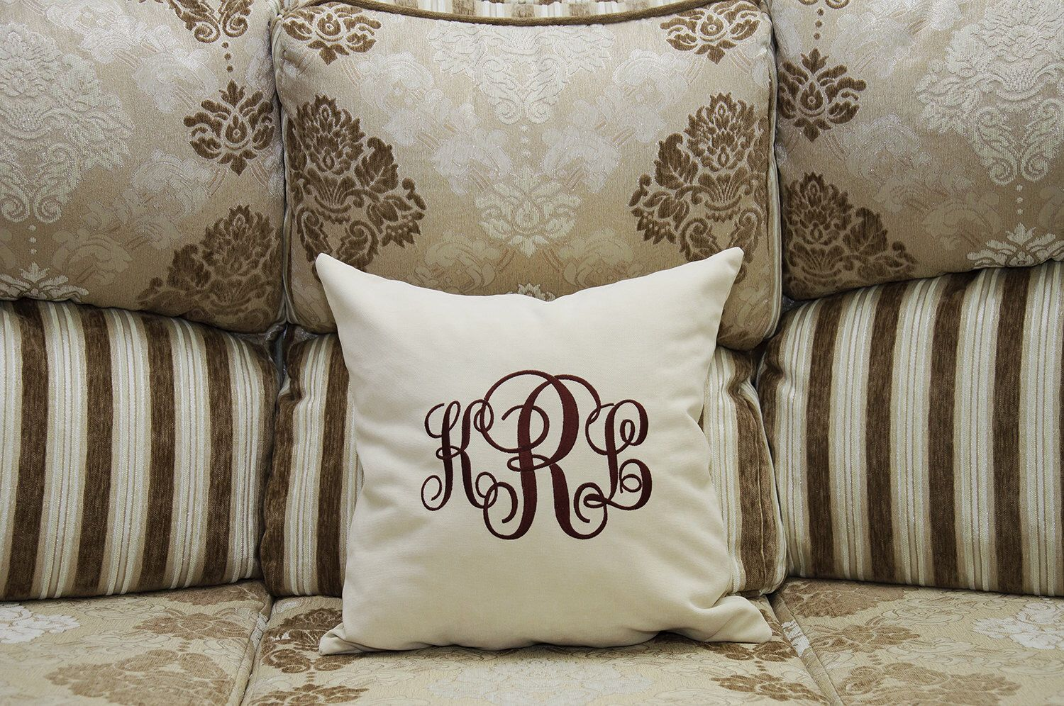 wreath ar holiday pillows pillow monogram projects canvas workshop