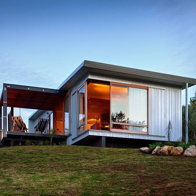 Small Beach House Designed And Built By Strachan Group